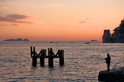 Fishing at dawn in Positano