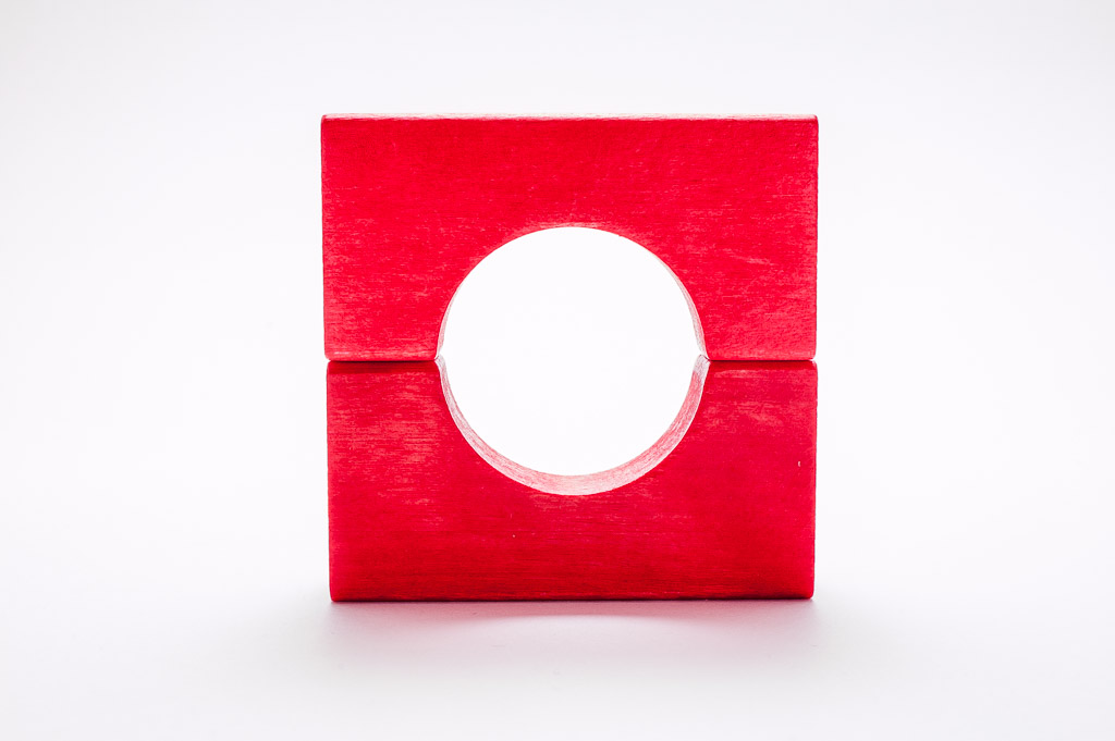 Circle and square with wooden blocks