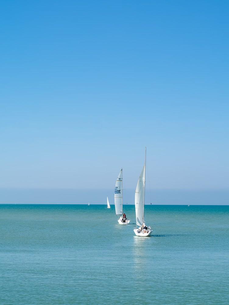 Three sailboat in a row